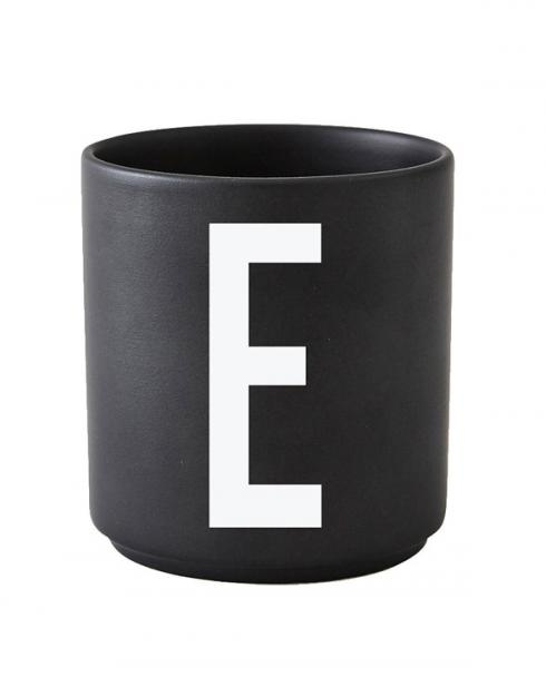 Design Letters black cups aj e 1