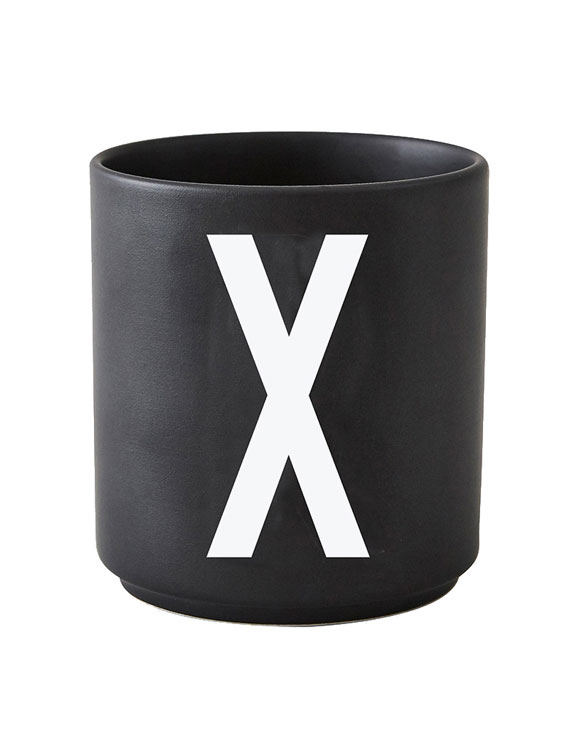 Design Letters black cups aj x 1