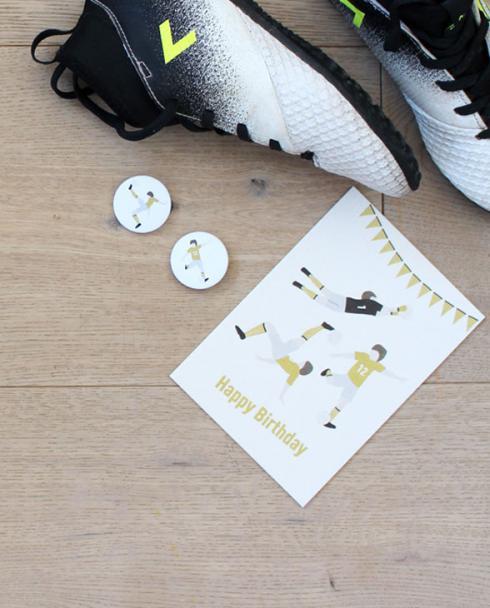 Ava Yves Inspiration Produktbanner Fussball