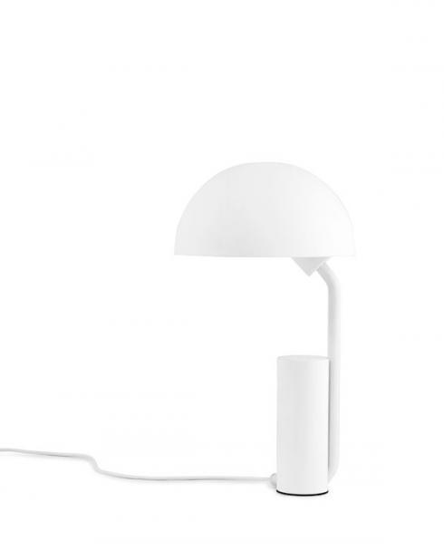 normann copenhagen 505041 cap tablelamp white 1