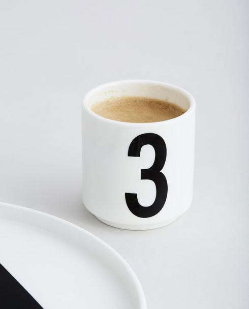 Design Letters mini cups white
