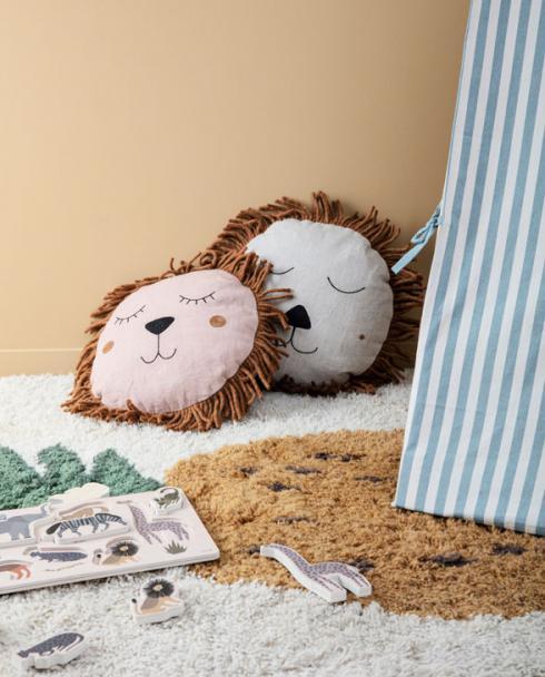 ferm living Safari cushion Lion 02