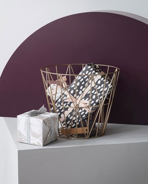 ferm living wirebasket brass 03