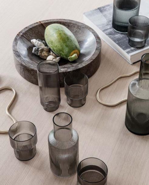 ferm Living Ripple glass serie grau