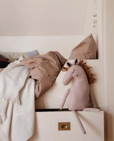 ferm living horse cushion rose 100529303 02